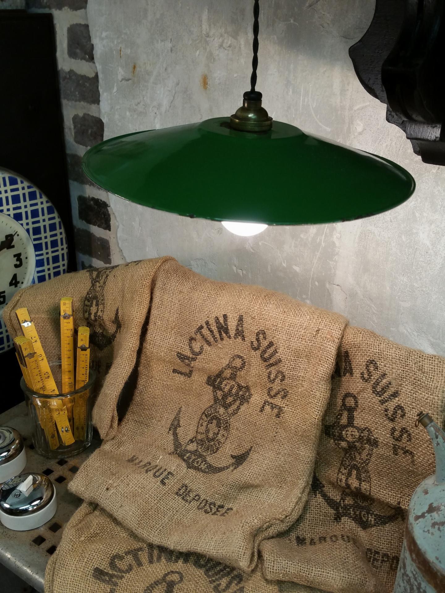 2 lampe abat jour emaille vert fil noir