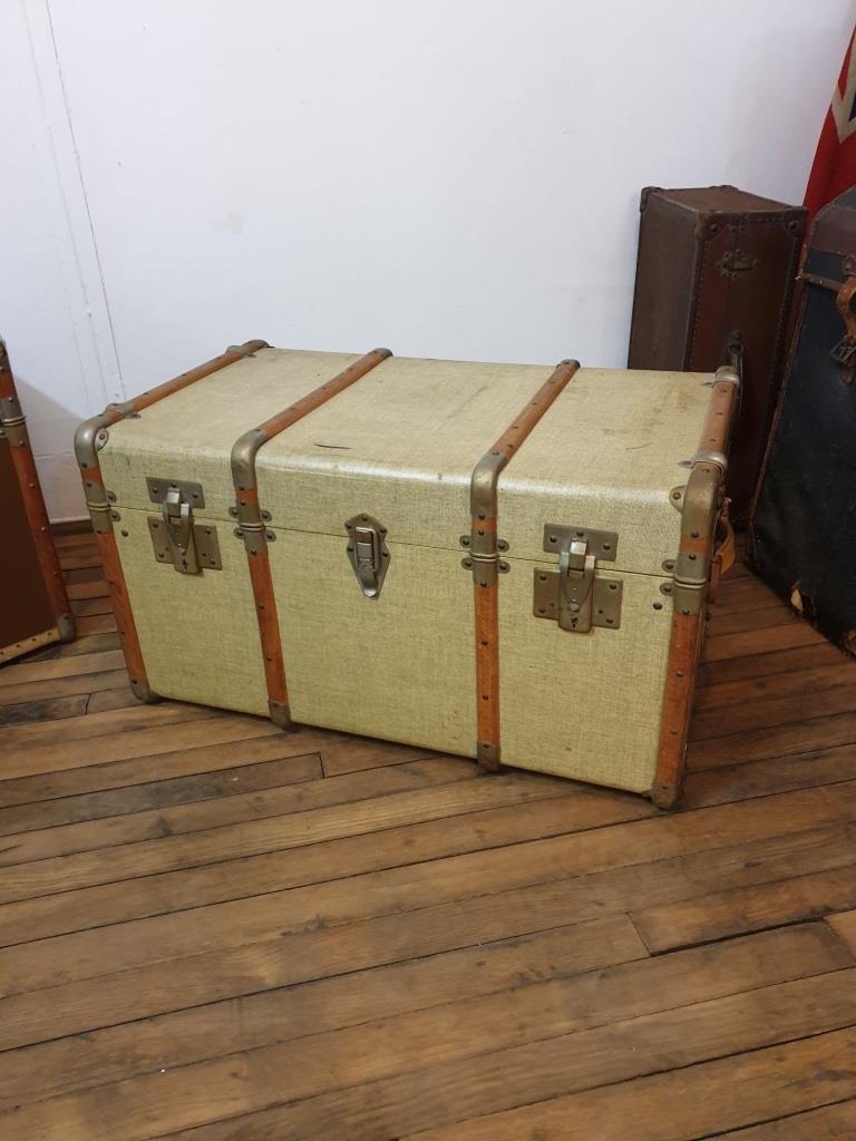 Malle Voyage Ancienne Bois malle de voyage ancienne vintage malle de transatlantique