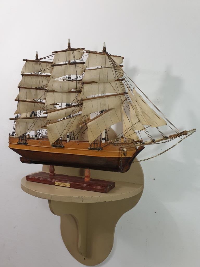 2 maquette de bateau 3 mats