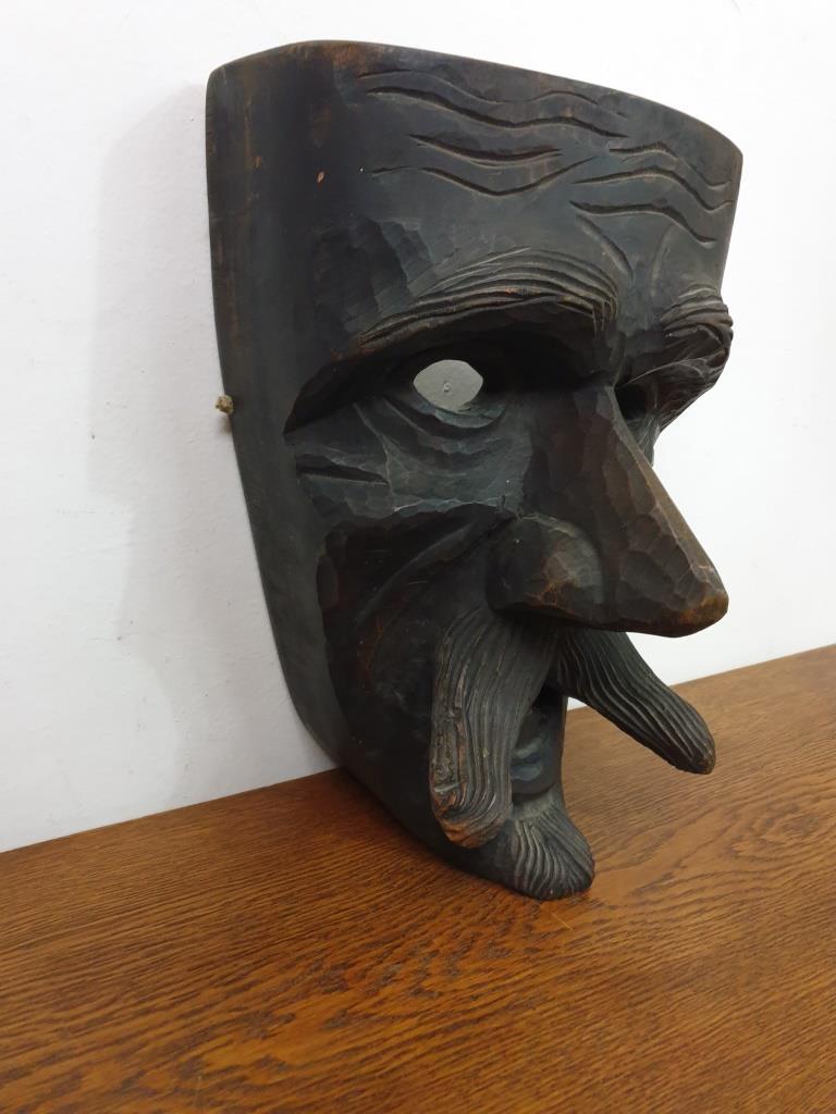 2 masque mamuthones