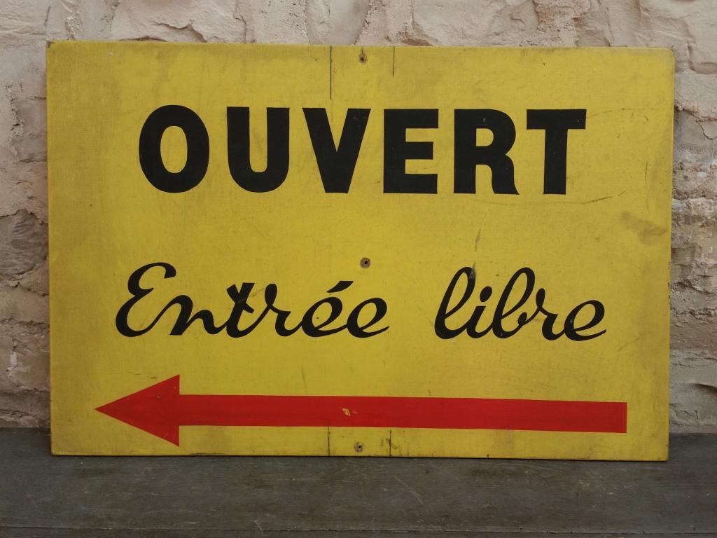 2 pancarte ouvert gauche