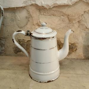 2 petite cafetiere emaillee