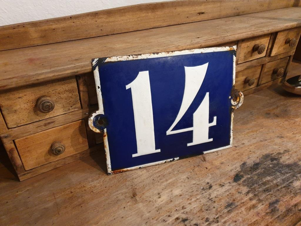 2 plaque de rue emaillee n 14