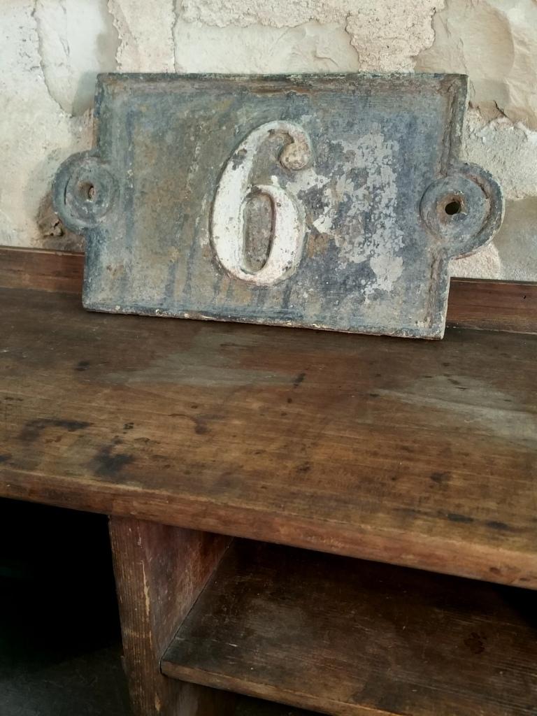 2 plaque de rue fonte 6