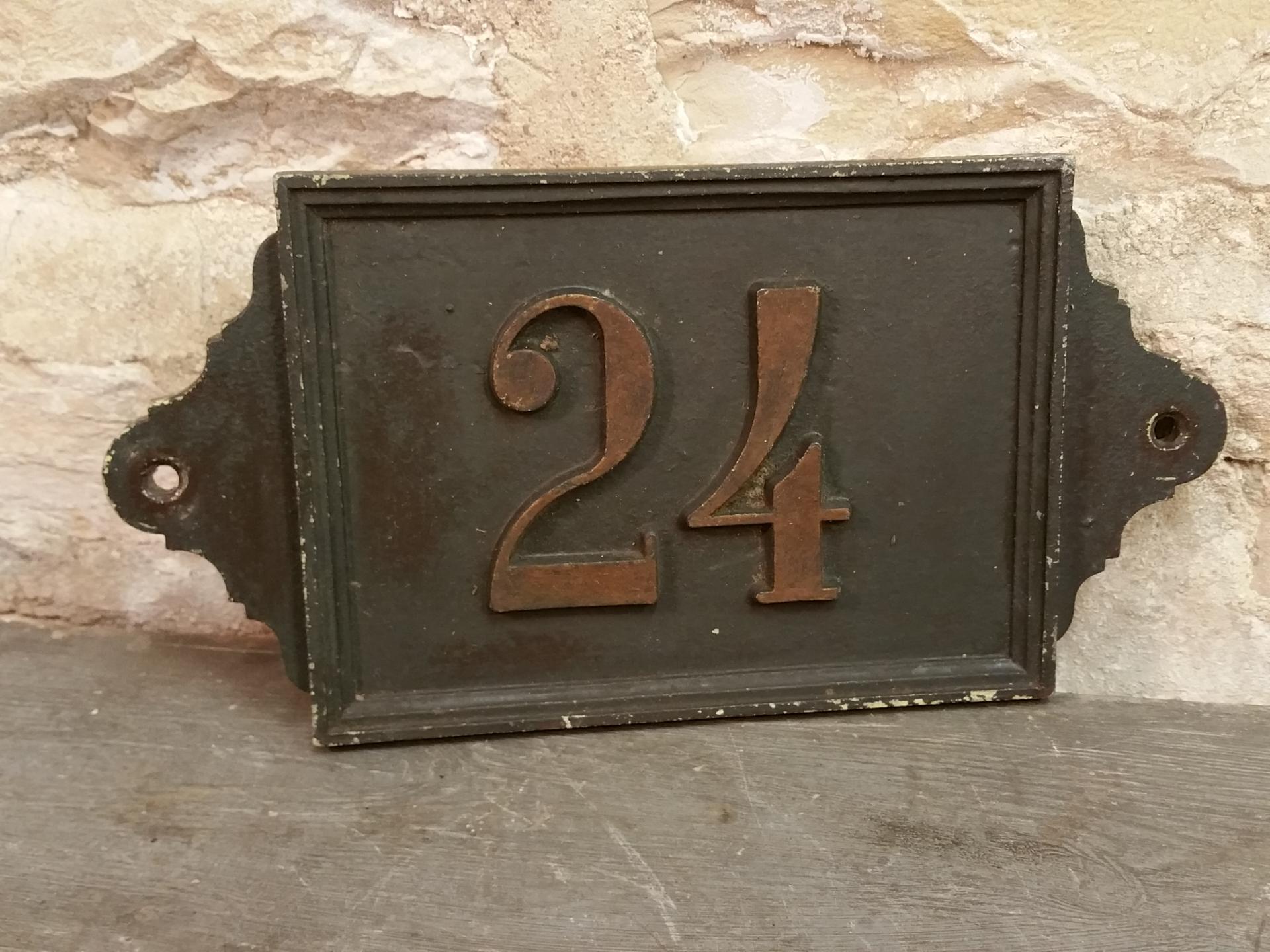 2 plaque de rue n 24