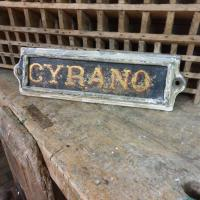 2 plaque ecurie cyrano