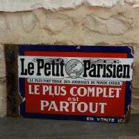 2 plaque le petit parisien 1