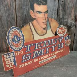 PLV Teddy Smith