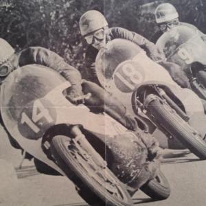 2 poster moto 14