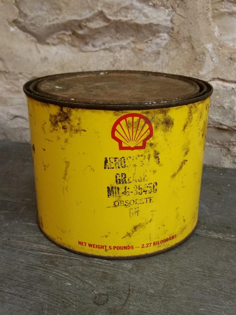 2 pot de graisse shell 1