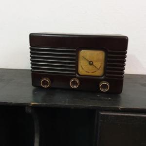 2 radio bakelite
