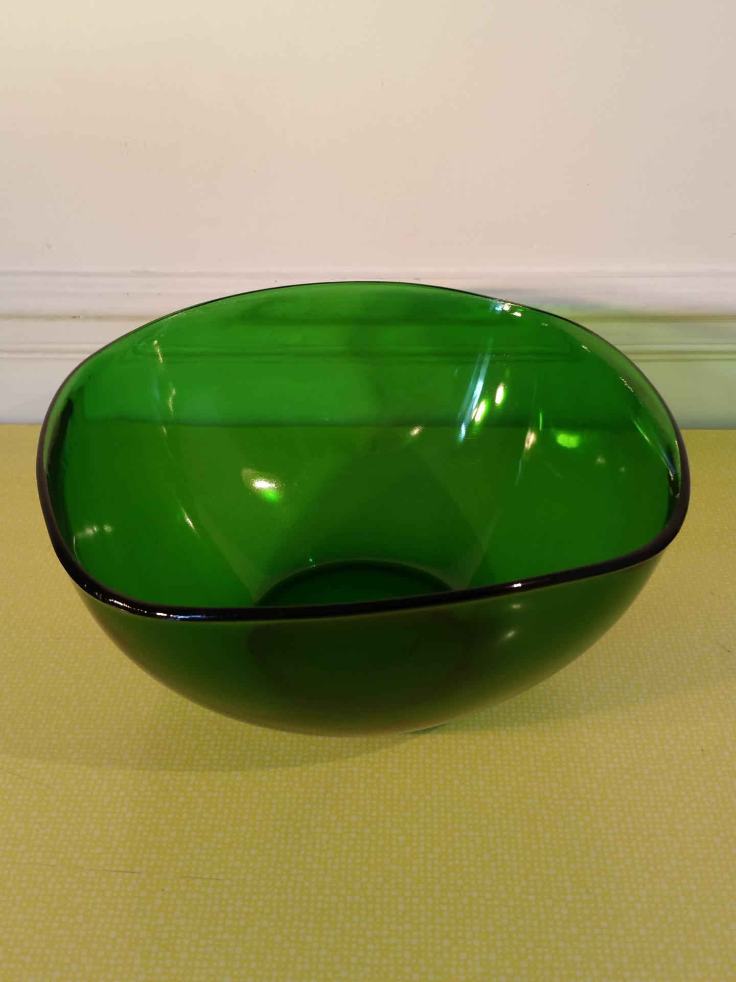 2 saladier pirex vert