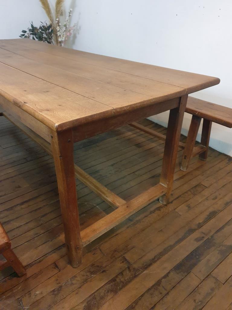 2 table de ferme avec 2 bancs