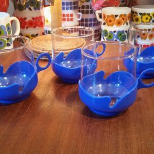 2 tasses bleues