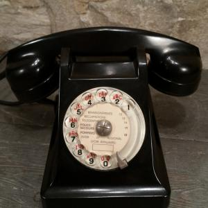 2 telephone noir
