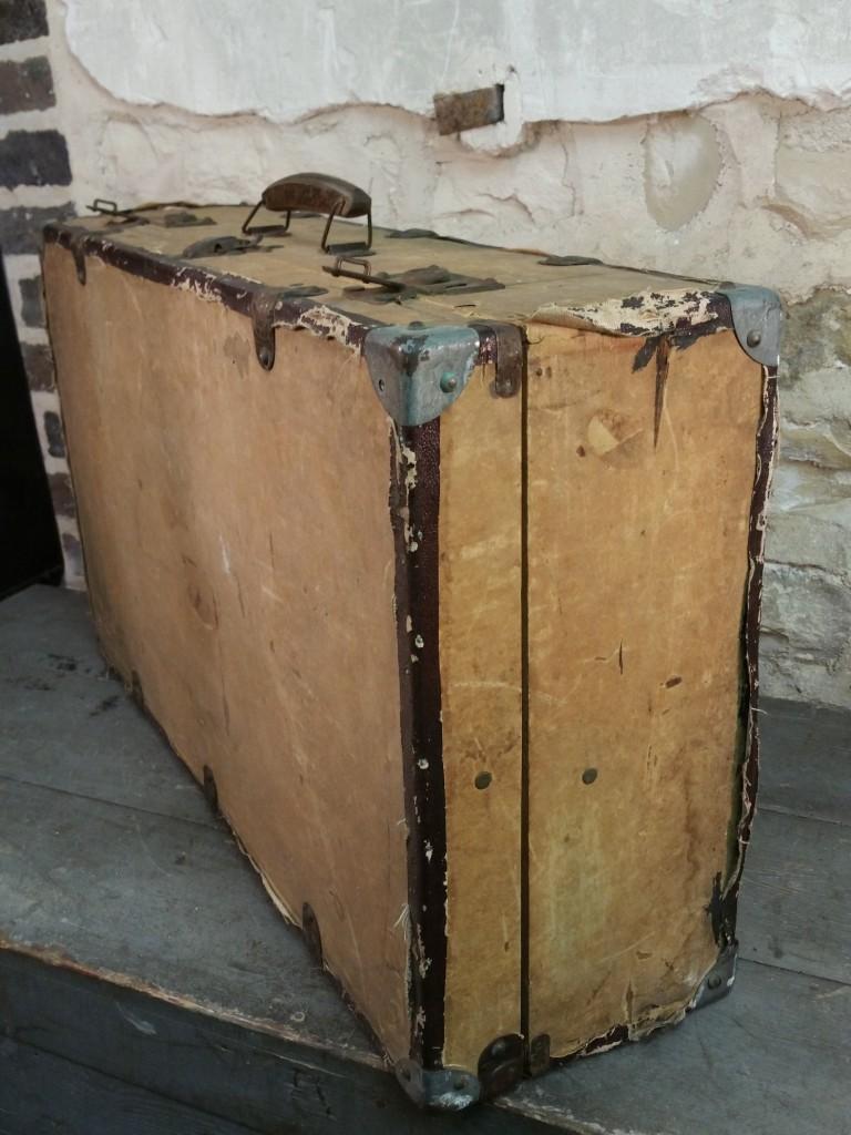 2 valise en bois