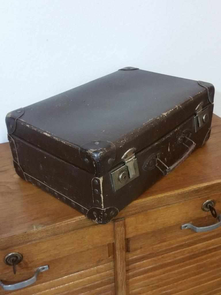 2 valise en carton bouilli marron