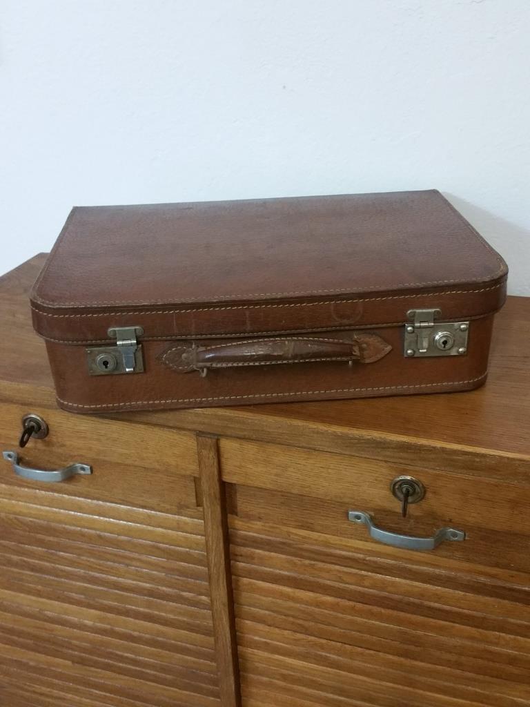 2 valise en cuir