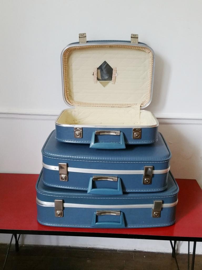 2 valises gigognes