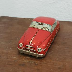 2 voiture en tole rouge 1