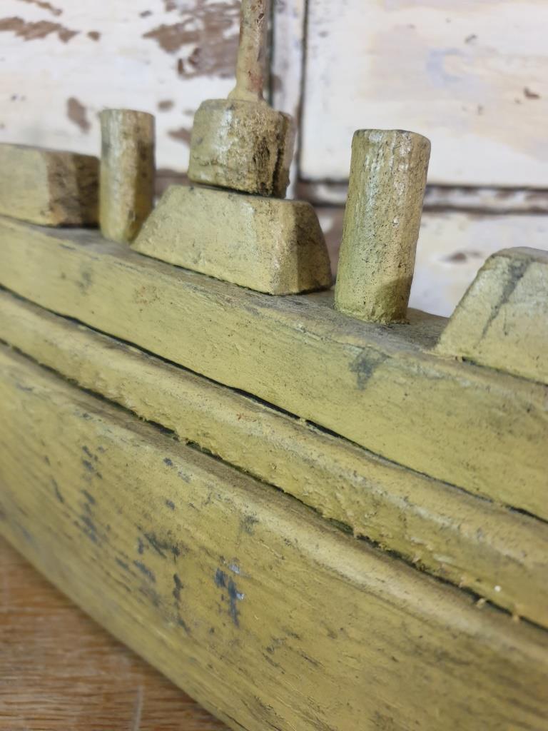 3 bateau navire de guerre naif