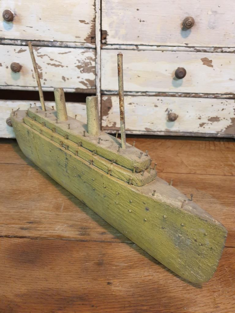 3 bateau navire de guerre