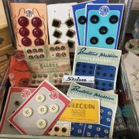 3 boite de boutons anciens