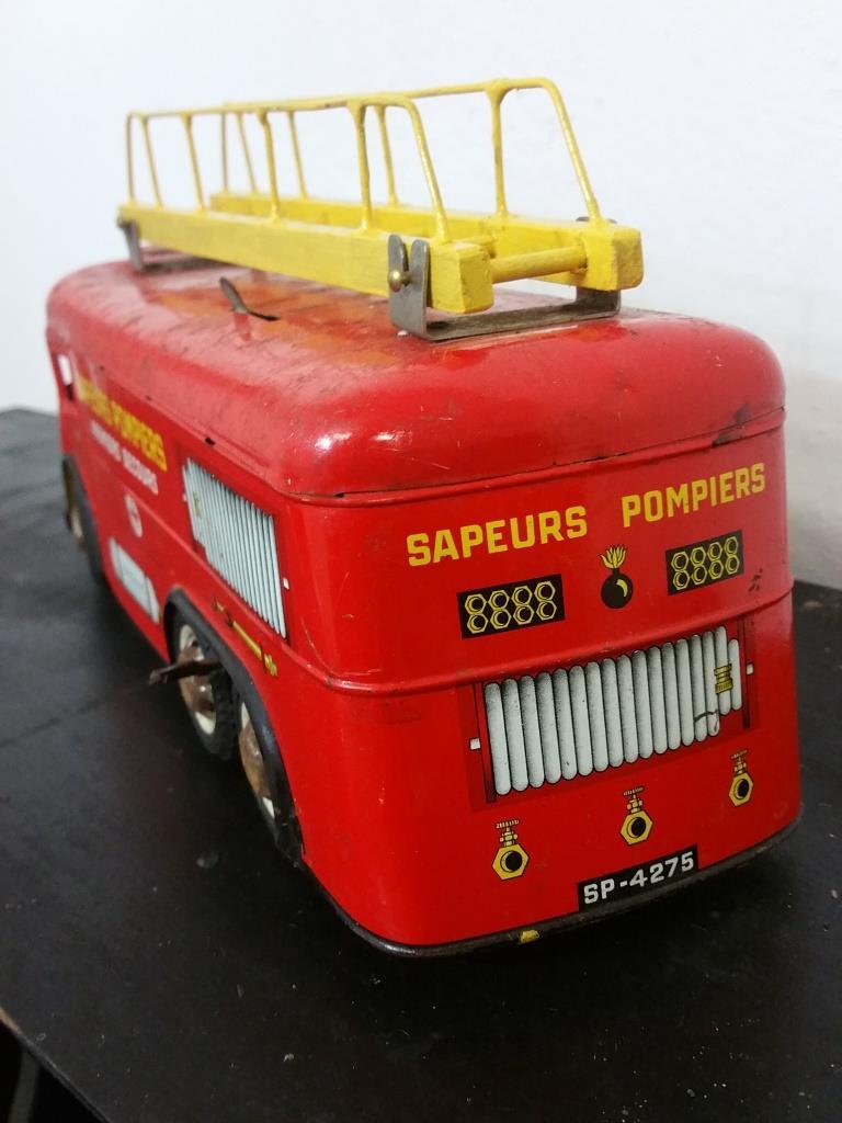 jouet ancien camion de pompier joustra france jouet en t le. Black Bedroom Furniture Sets. Home Design Ideas