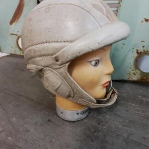 3 casque bolen cuir