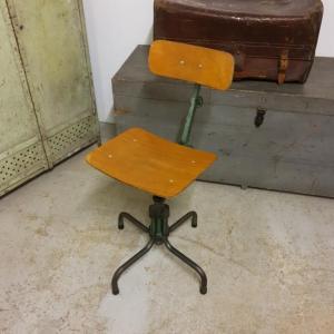 3 chaise d atelier
