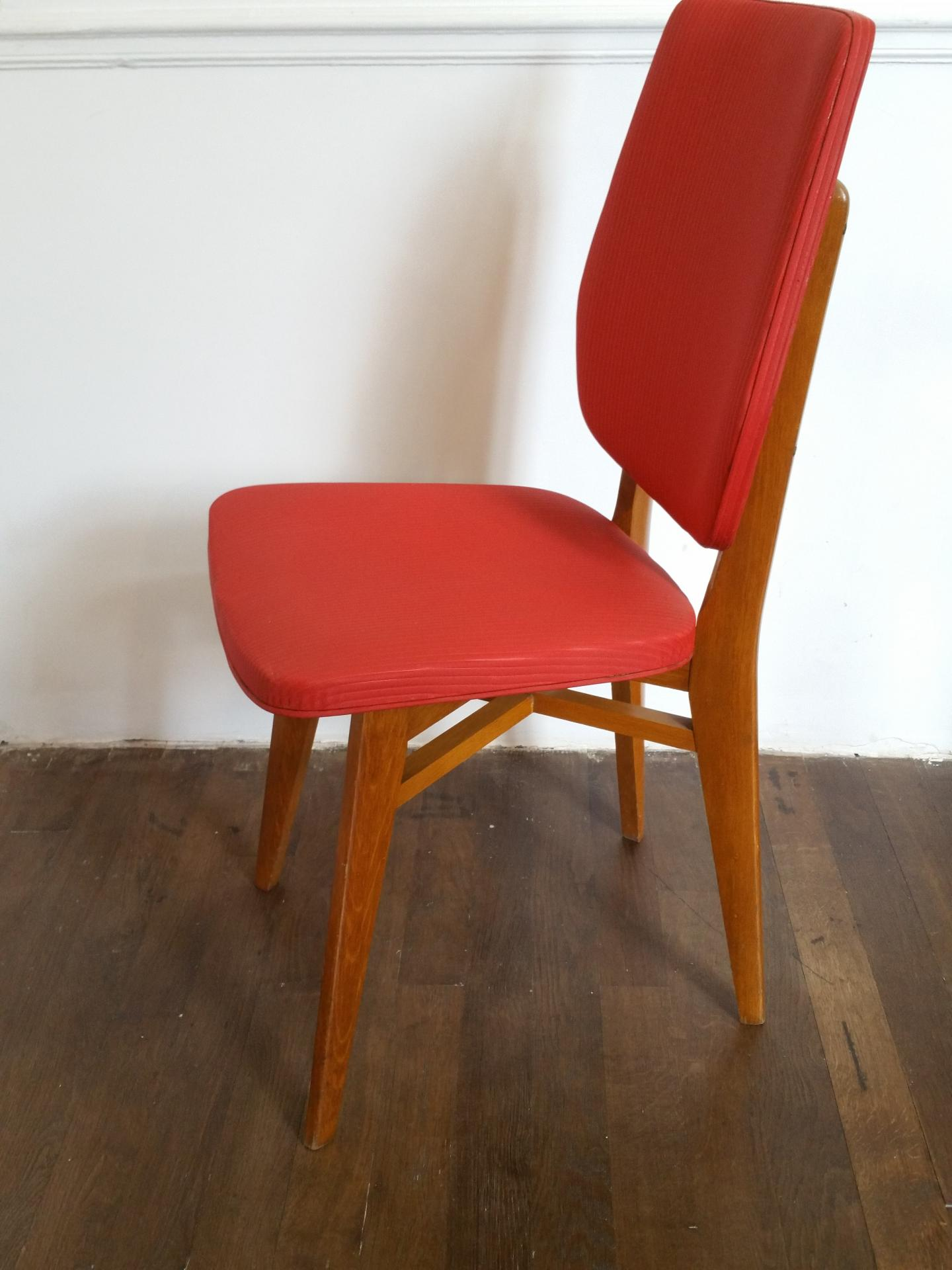 3 chaise rouge