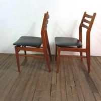 3 chaises scandinaves