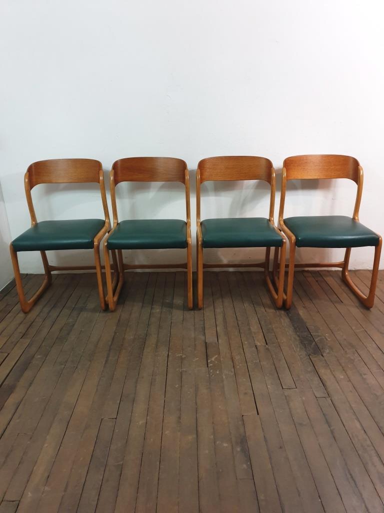 3 chaises traineau baumann
