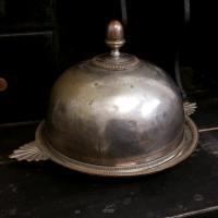3 cloche en metal argente