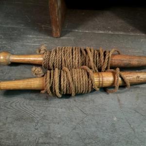 3 cordeau ancien