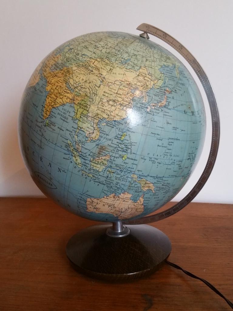 3 globe terrestre lumineux magelan
