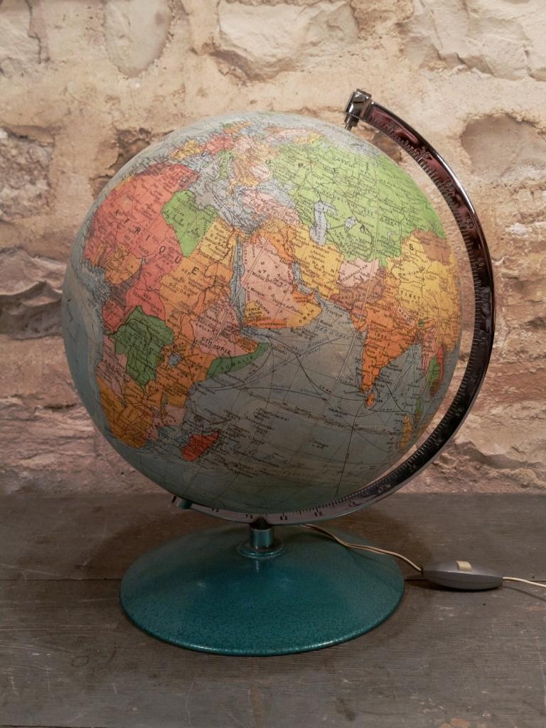 3 globe terrestre perrina 16