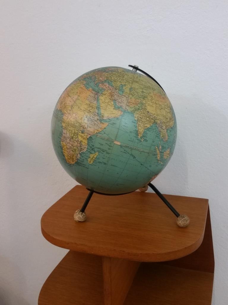 3 globe terrestre taride
