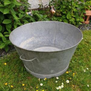 3 grande bassine en zinc