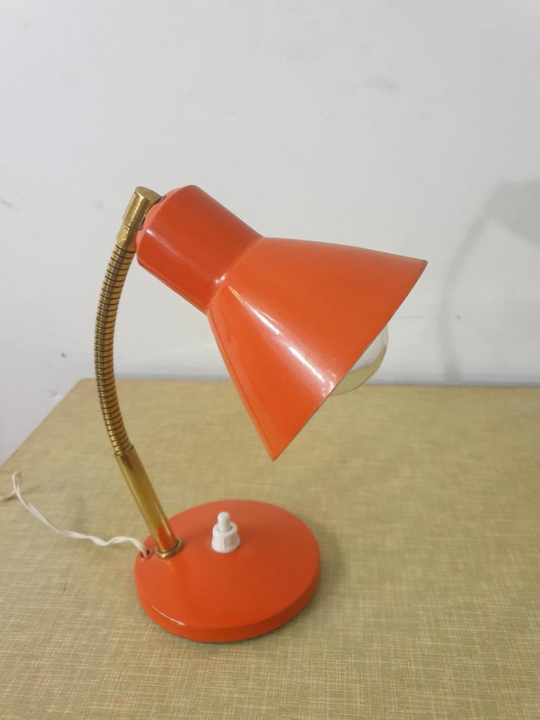 3 lampe cocotte orange