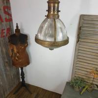 3 lampe de magasin holophane