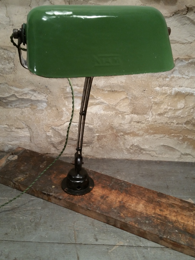 3 lampe nam