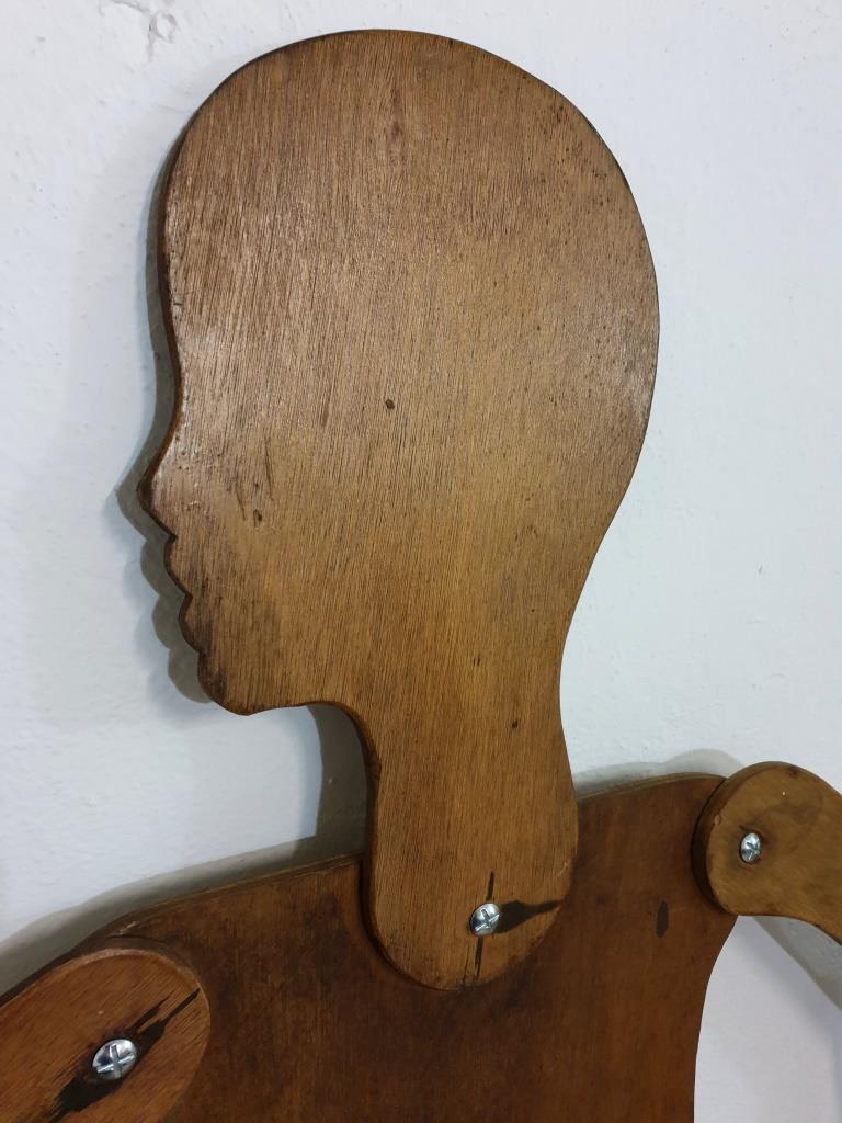 3 mannequin en bois