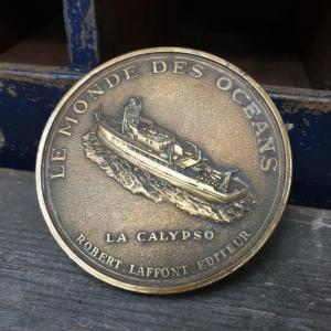 3 medaille cousteau