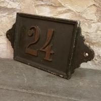 3 plaque de rue n 24