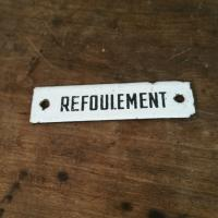 3 plaque emaillee refoulement
