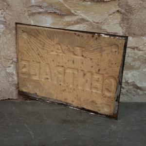 3 plaque la centrale 3