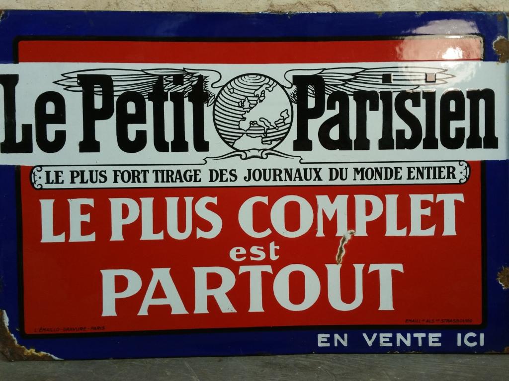 3 plaque le petit parisien 1