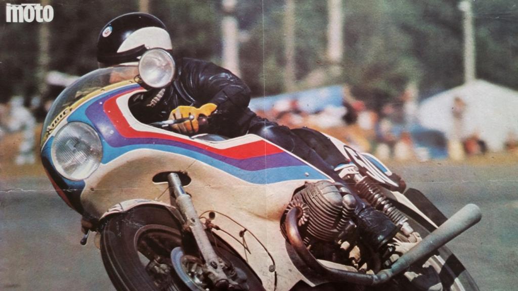 3 poster moto