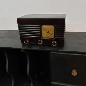 3 radio bakelite